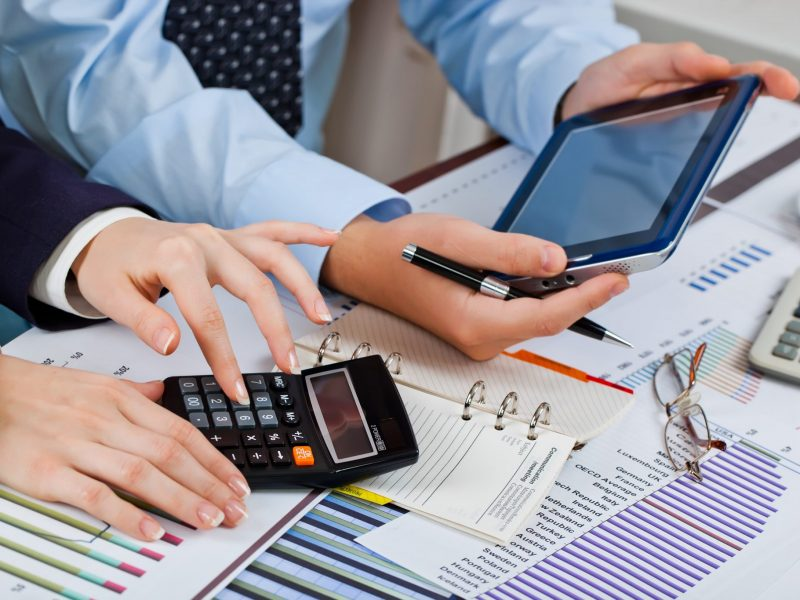 Advantages of Outsourcing Payroll Services